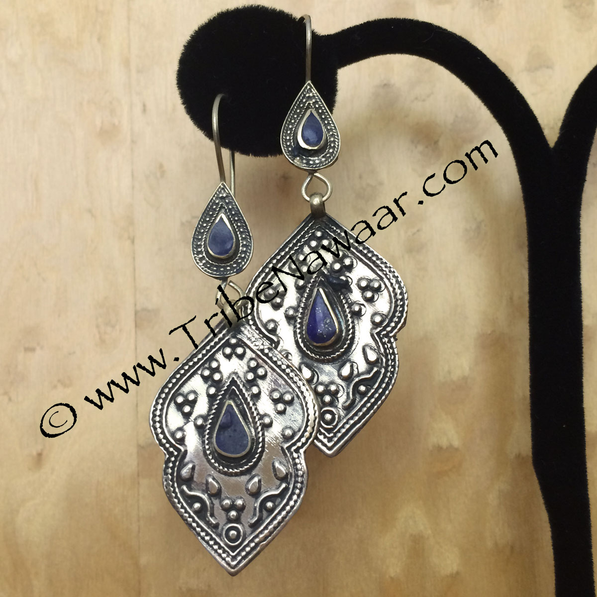 Tribe Nawaar's Turkoman earrings with lapis lazuli