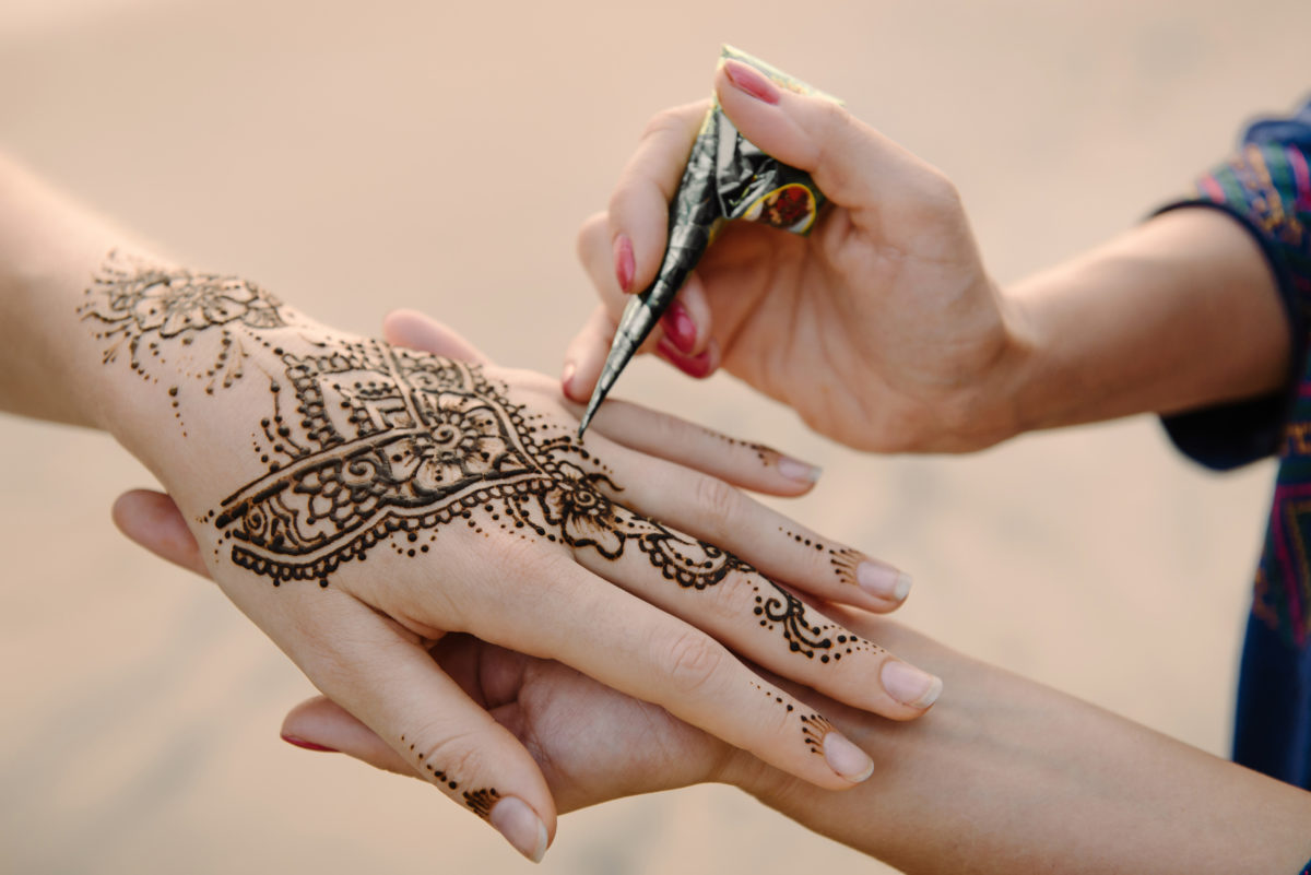 Mehndi Tattoo Artists : Summertime favorites herbal diy henna supplies tribe nawaar